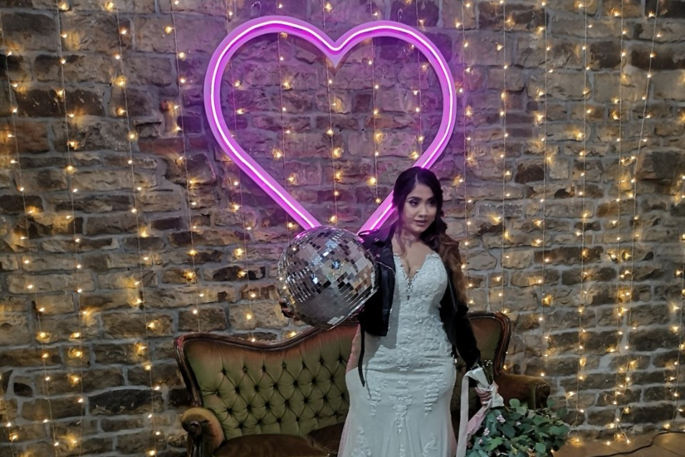 North Yorkshire Wedding Decor, Styling & Prop Hire - Pink Neon Heart
