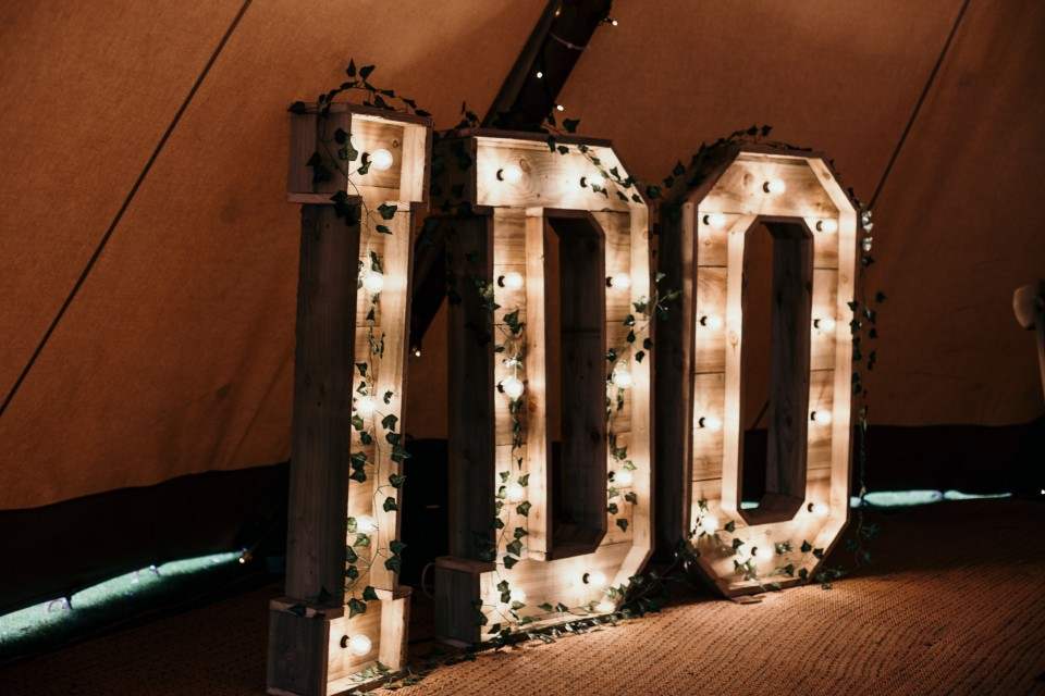 Live Wedding Band Hire - Reclaimed 'I DO' Letters