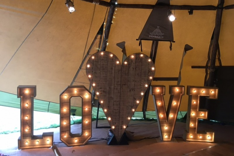 Rustic love and heart backdrop to hire in Yorkshire