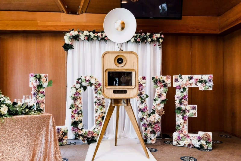 floral love letters to hire leeds