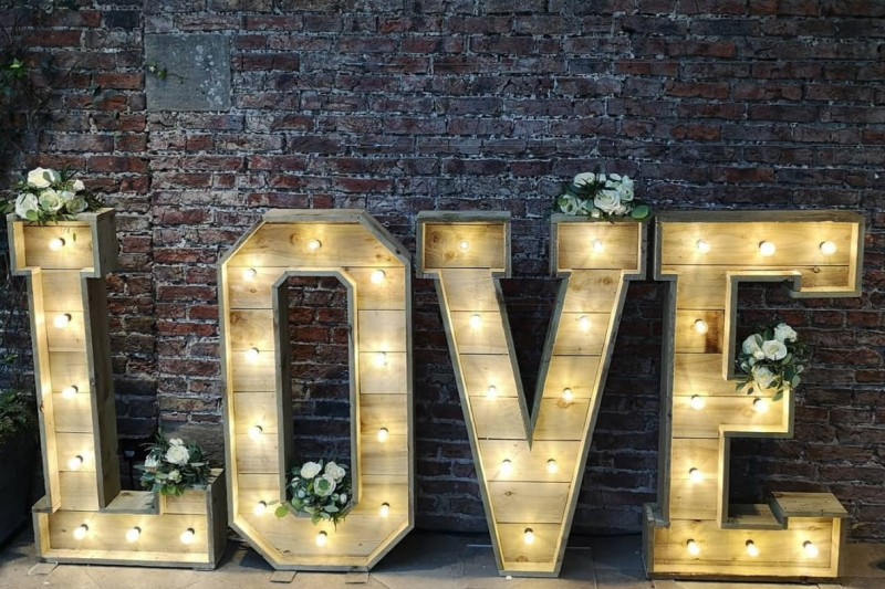 Rustic Love Letters to Hire in Rotherham Yorkshire